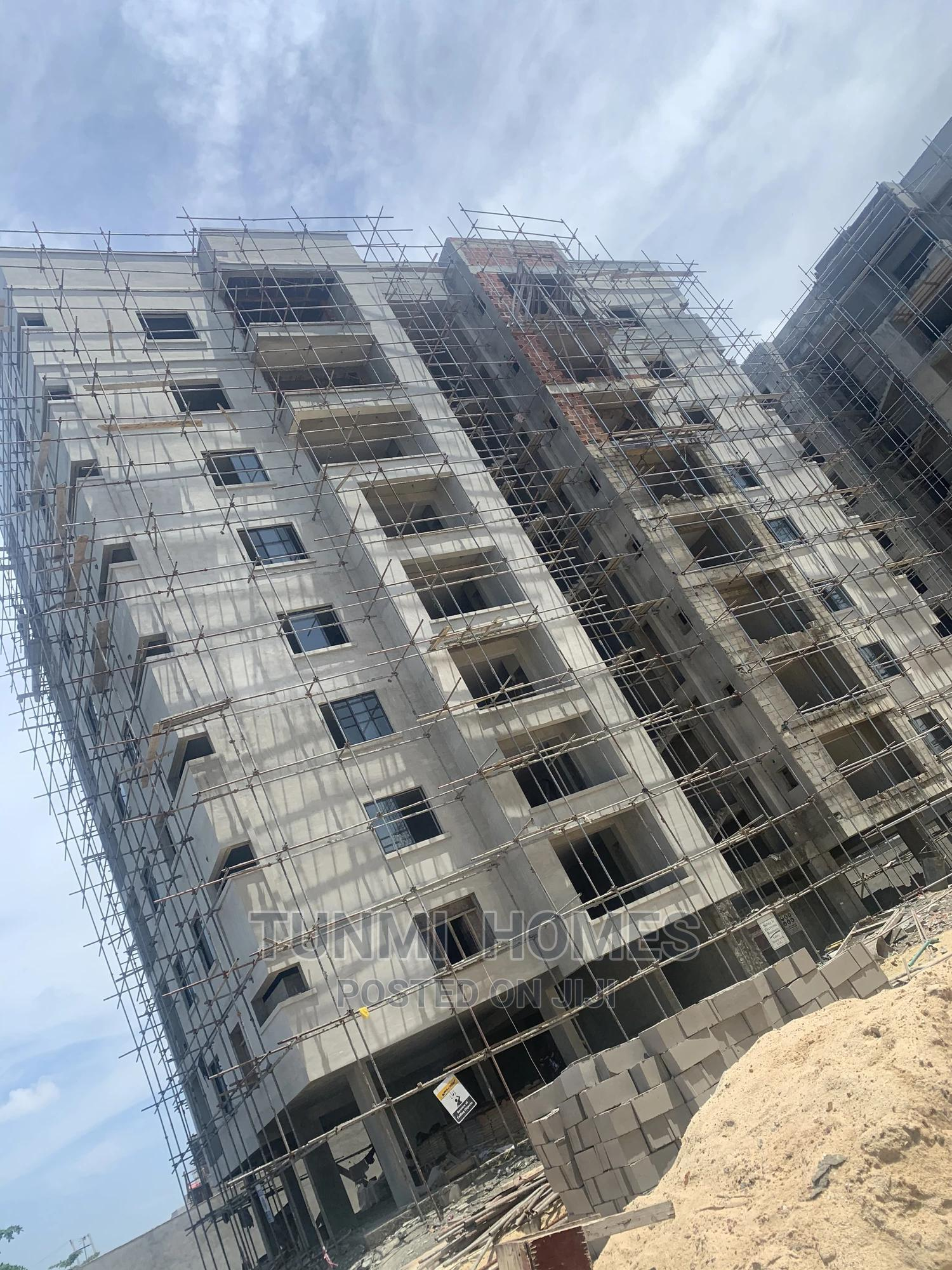3 Bedrooms Block of Flats for Sale in Beach Road, Lekki | Houses & Apartments For Sale for sale in Lekki, Lagos State, Nigeria