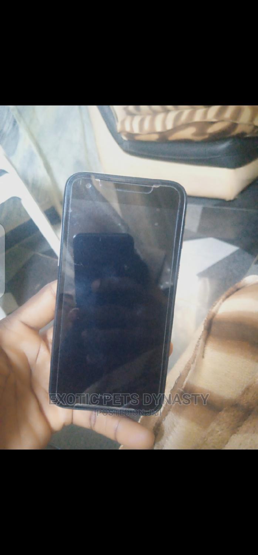 Archive: HTC Desire 830 32 GB Black