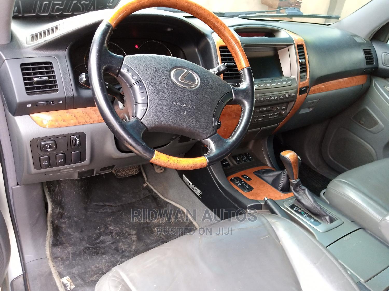 Archive: Lexus GX 2003 Silver