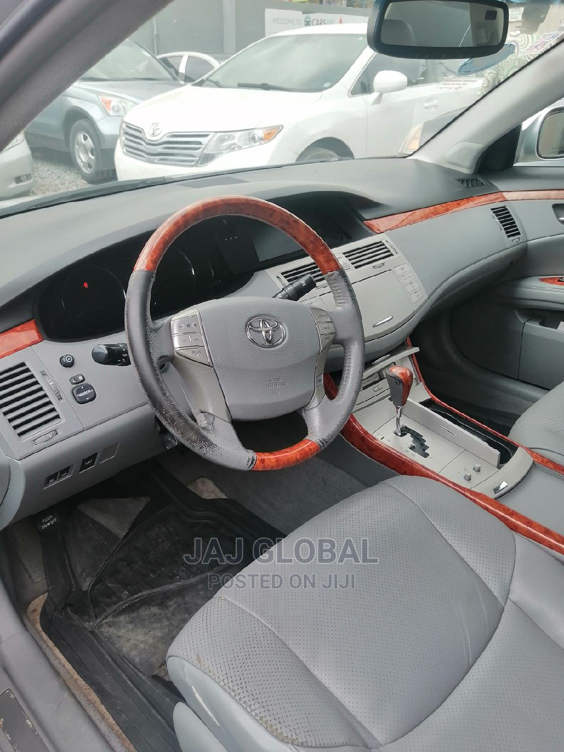 Toyota Avalon 2007 Limited Silver   Cars for sale in Ikeja, Lagos State, Nigeria