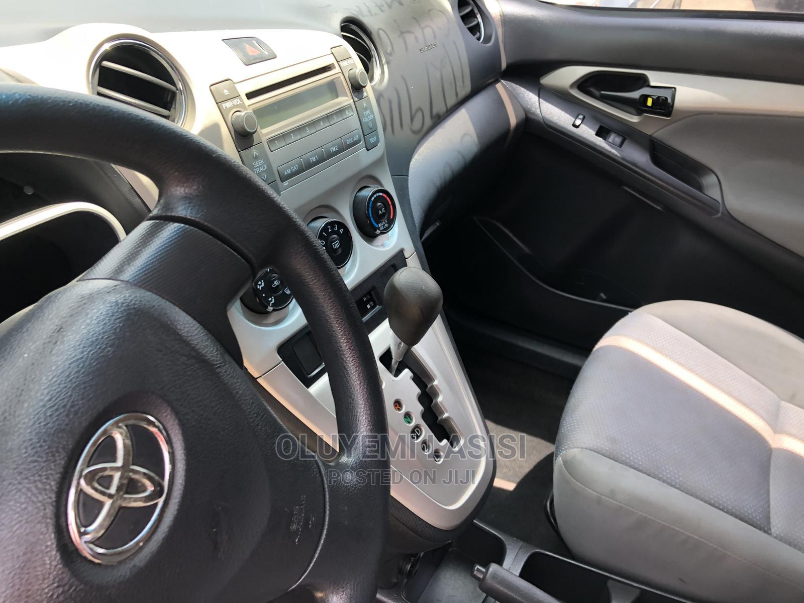 Archive: Toyota Matrix 2009 Red
