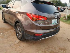Hyundai Santa Fe 2014 Brown | Cars for sale in Abuja (FCT) State, Central Business Dis