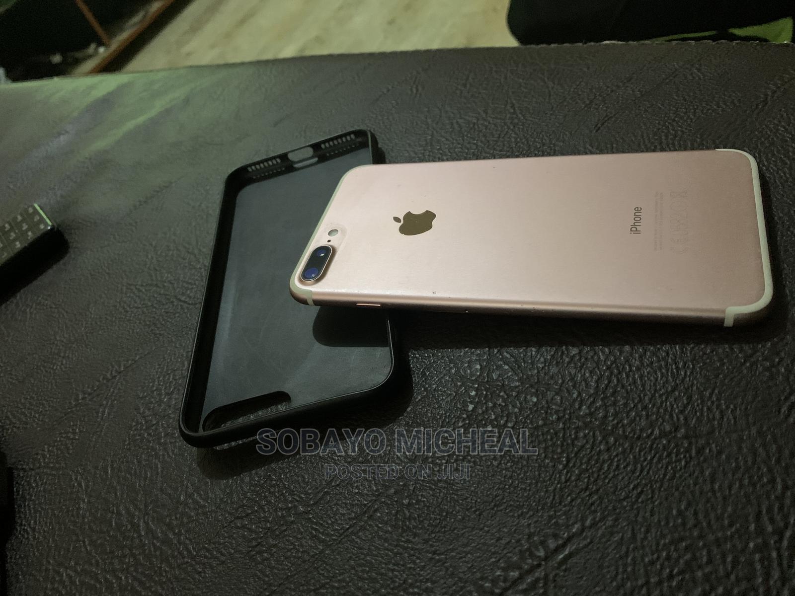 Apple iPhone 7 Plus 32 GB Gold   Mobile Phones for sale in Ibadan, Oyo State, Nigeria