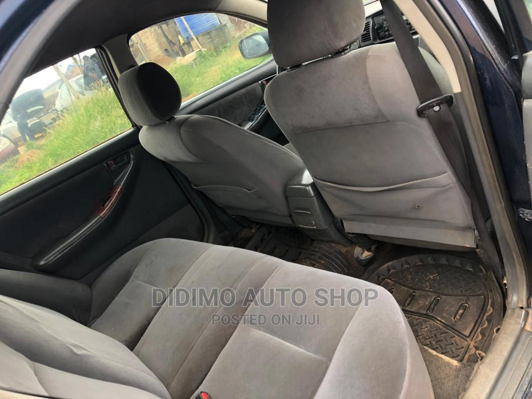 Toyota Sienna 2002 LE Gold   Cars for sale in Ajah, Lagos State, Nigeria
