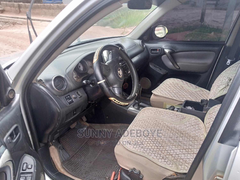 Toyota RAV4 2005 1.8 Gray   Cars for sale in Apapa, Lagos State, Nigeria