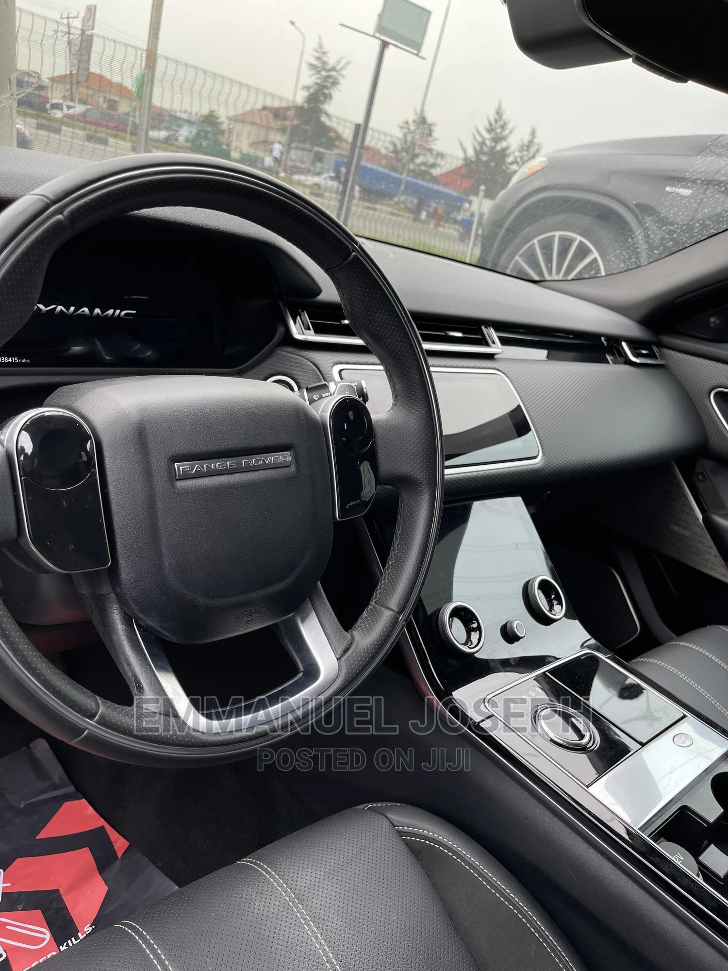 Archive: Land Rover Range Rover Velar 2018 Black