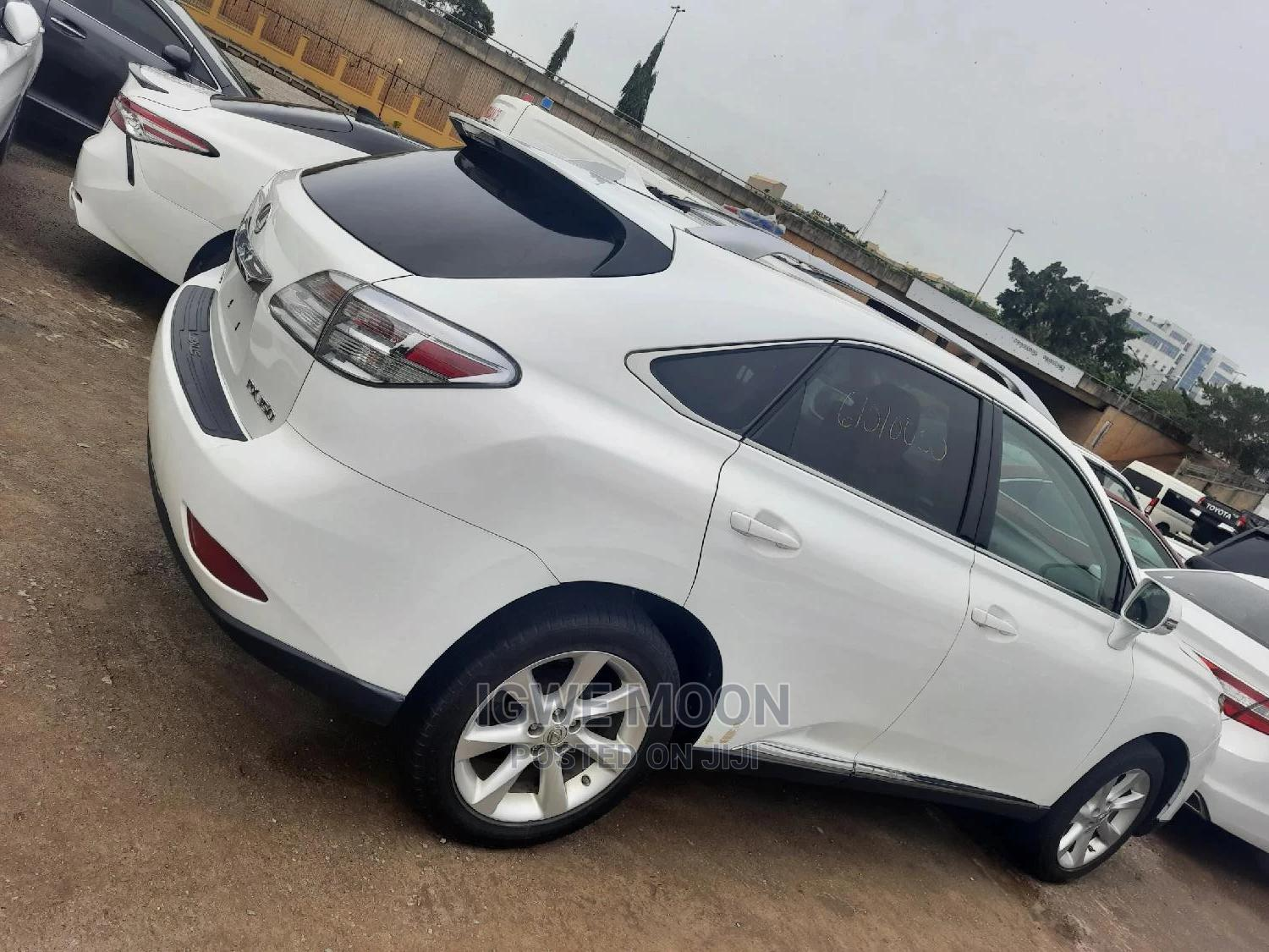Lexus RX 2010 350 White | Cars for sale in Central Business District, Abuja (FCT) State, Nigeria