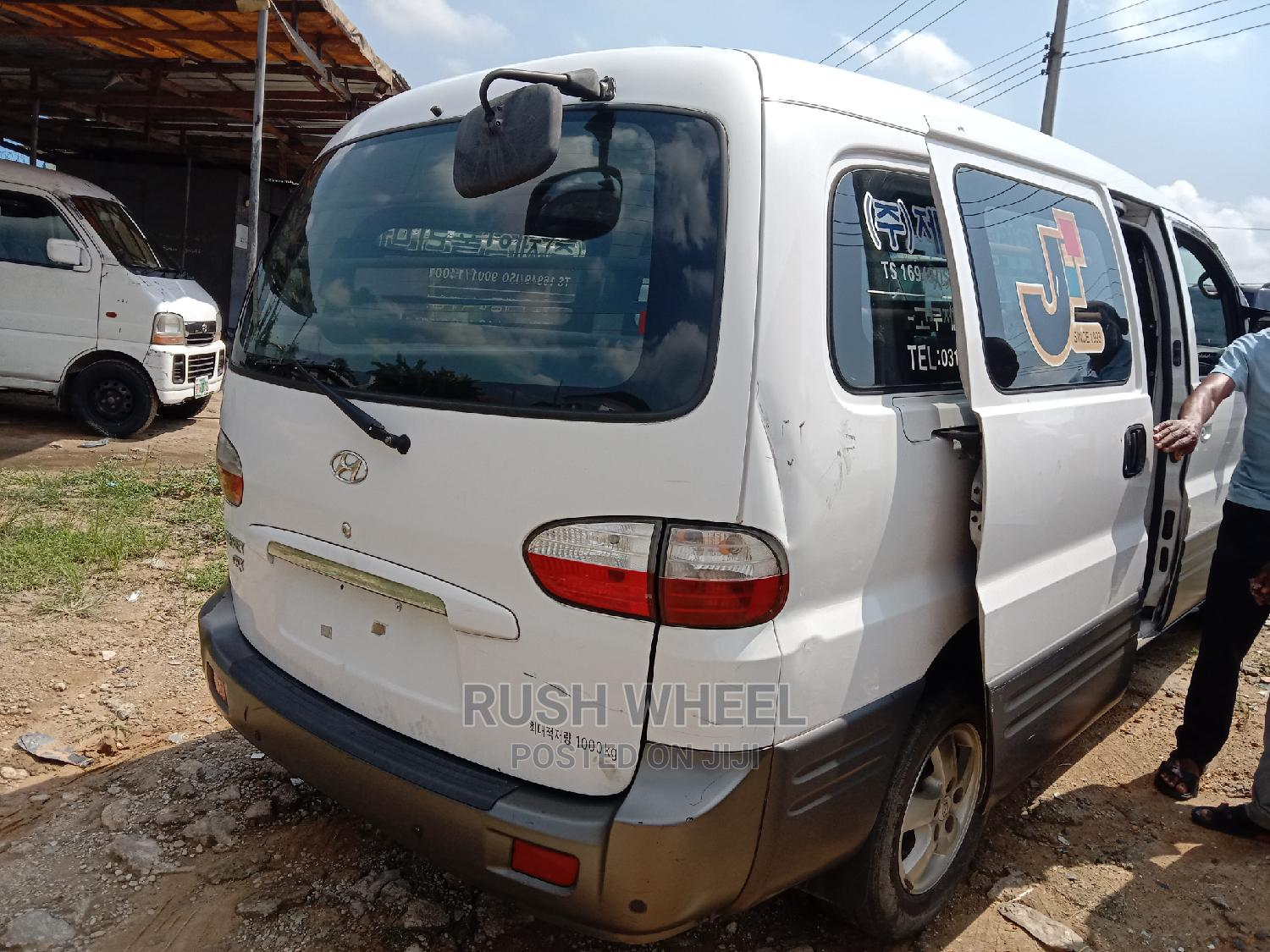 Very Sound Hyundai Starex Grx Diesel Engine   Buses & Microbuses for sale in Port-Harcourt, Rivers State, Nigeria