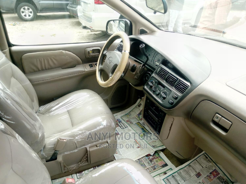 Archive: Toyota Sienna 2000 XLE & 1 Hatch Gold