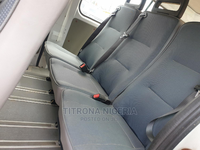 Archive: Nissan Urvan 2010 White