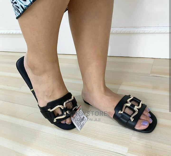 Zara Slippers Available | Shoes for sale in Lagos Island (Eko), Lagos State, Nigeria