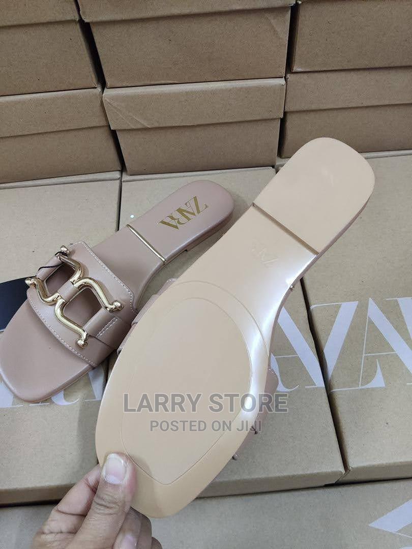 Zara Slippers Available