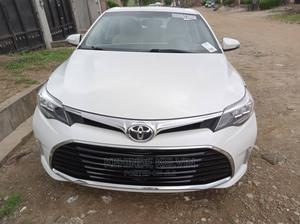 Toyota Avalon 2016 White   Cars for sale in Lagos State, Ojodu