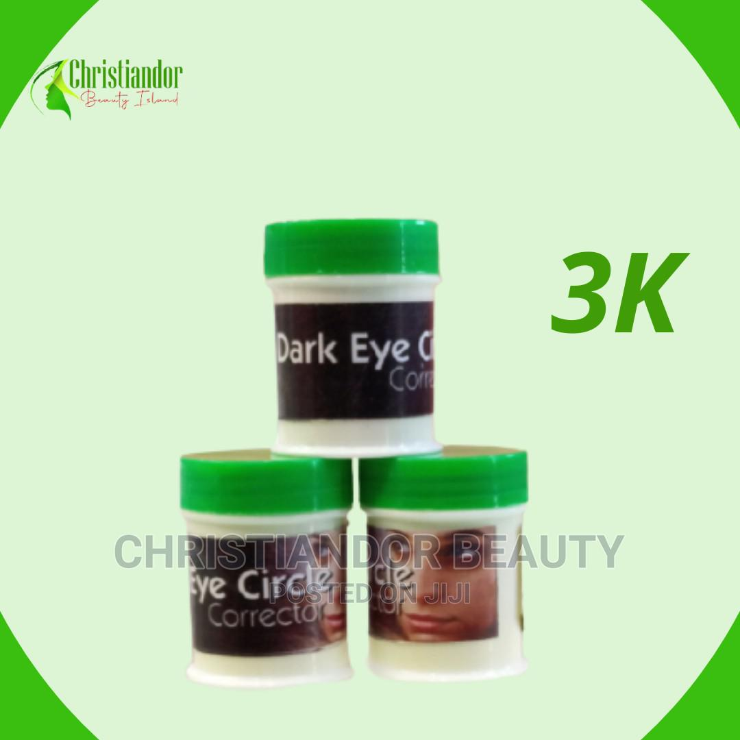 Dark Eyes Circle Remover