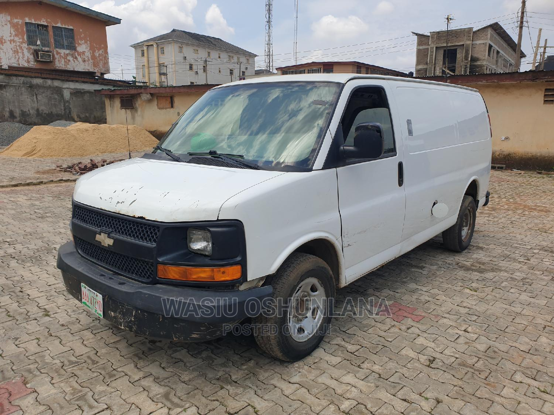 Chevrolet Express 2008 Cargo Van G2500 White