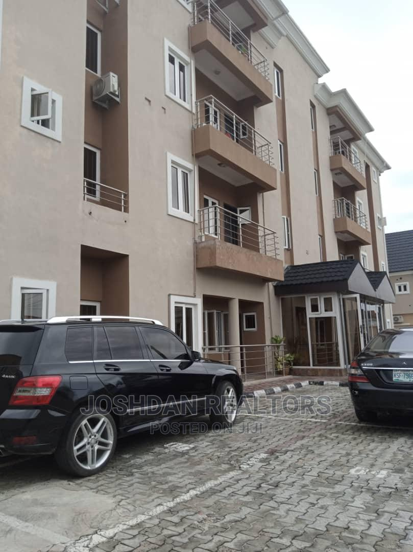 3bdrm Apartment in Ikate for Rent