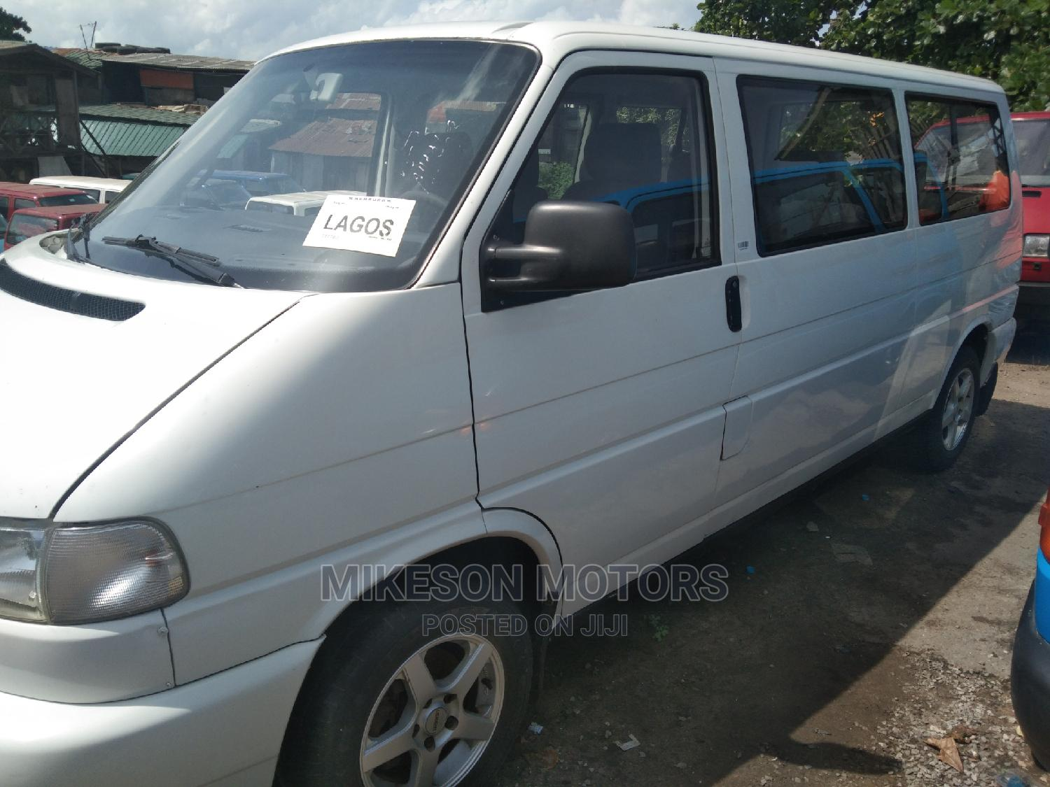 White Bus Volkswagen   Buses & Microbuses for sale in Apapa, Lagos State, Nigeria