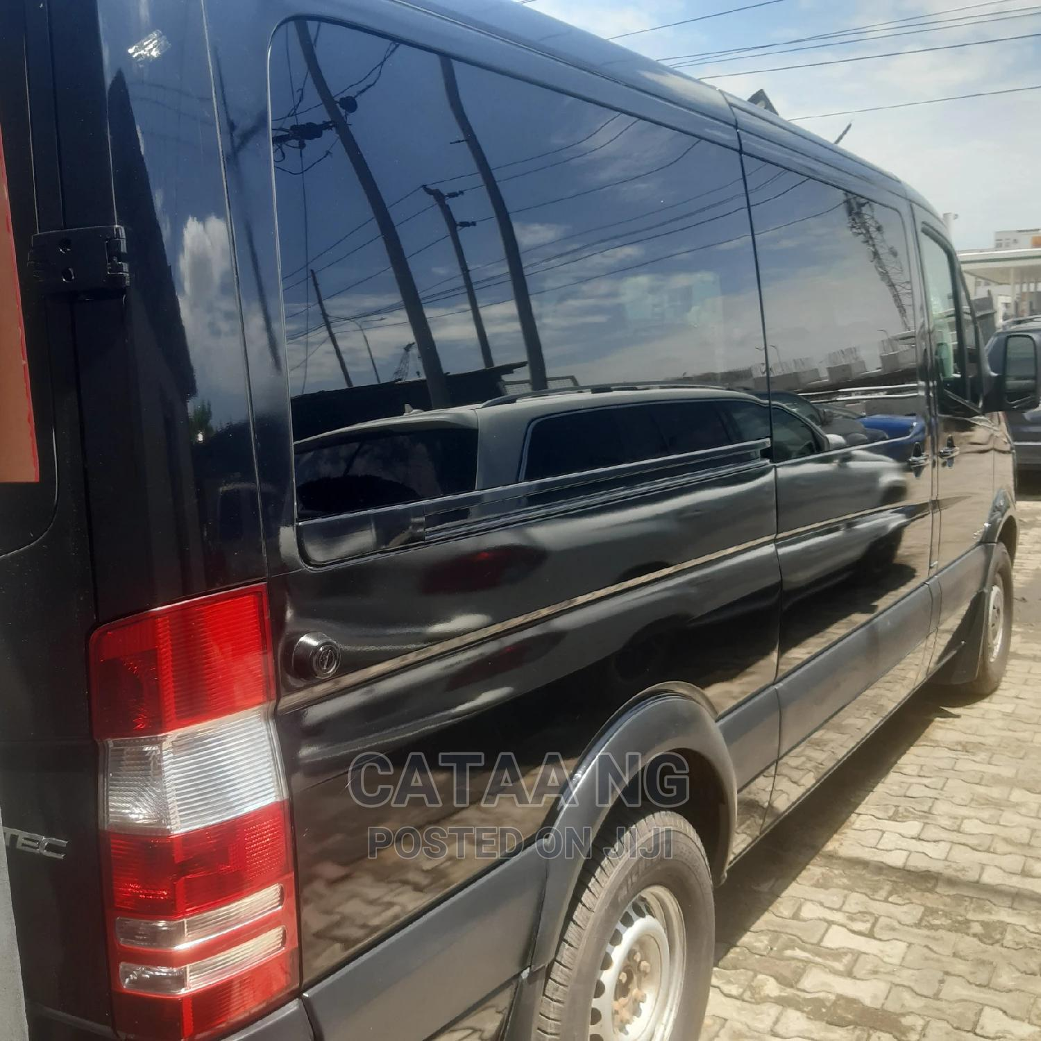 Mercedes-benz 2015 Black   Buses & Microbuses for sale in Ajah, Lagos State, Nigeria