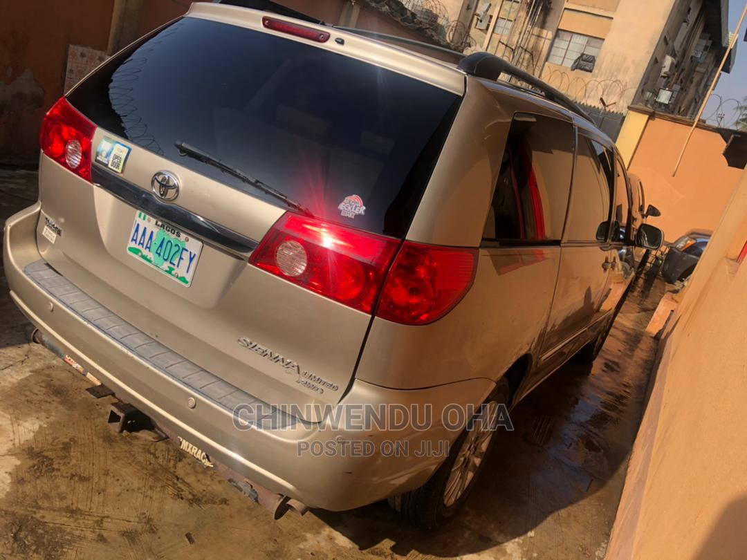 Toyota Camry 2008 Gold | Cars for sale in Abule Egba, Lagos State, Nigeria