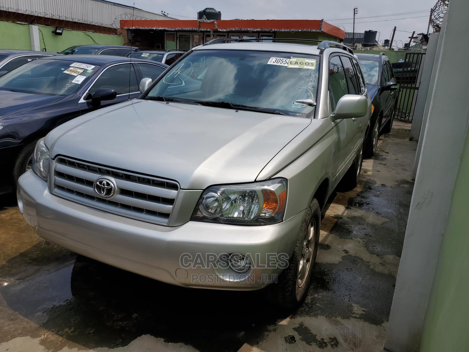 Toyota Highlander 2005 Silver | Cars for sale in Agege, Lagos State, Nigeria
