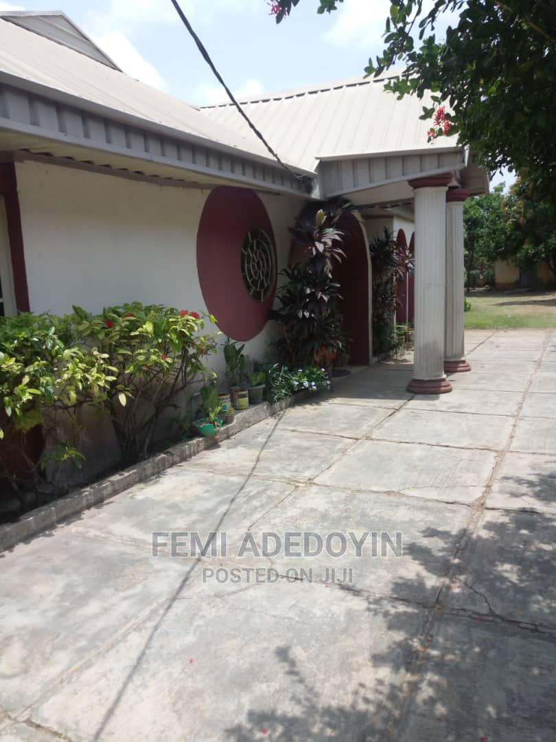 4bdrm Bungalow in Oojo, Ibadan for Sale | Houses & Apartments For Sale for sale in Ibadan, Oyo State, Nigeria