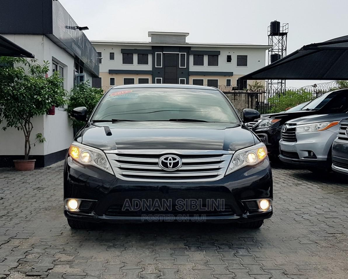 Toyota Avalon 2012 Black