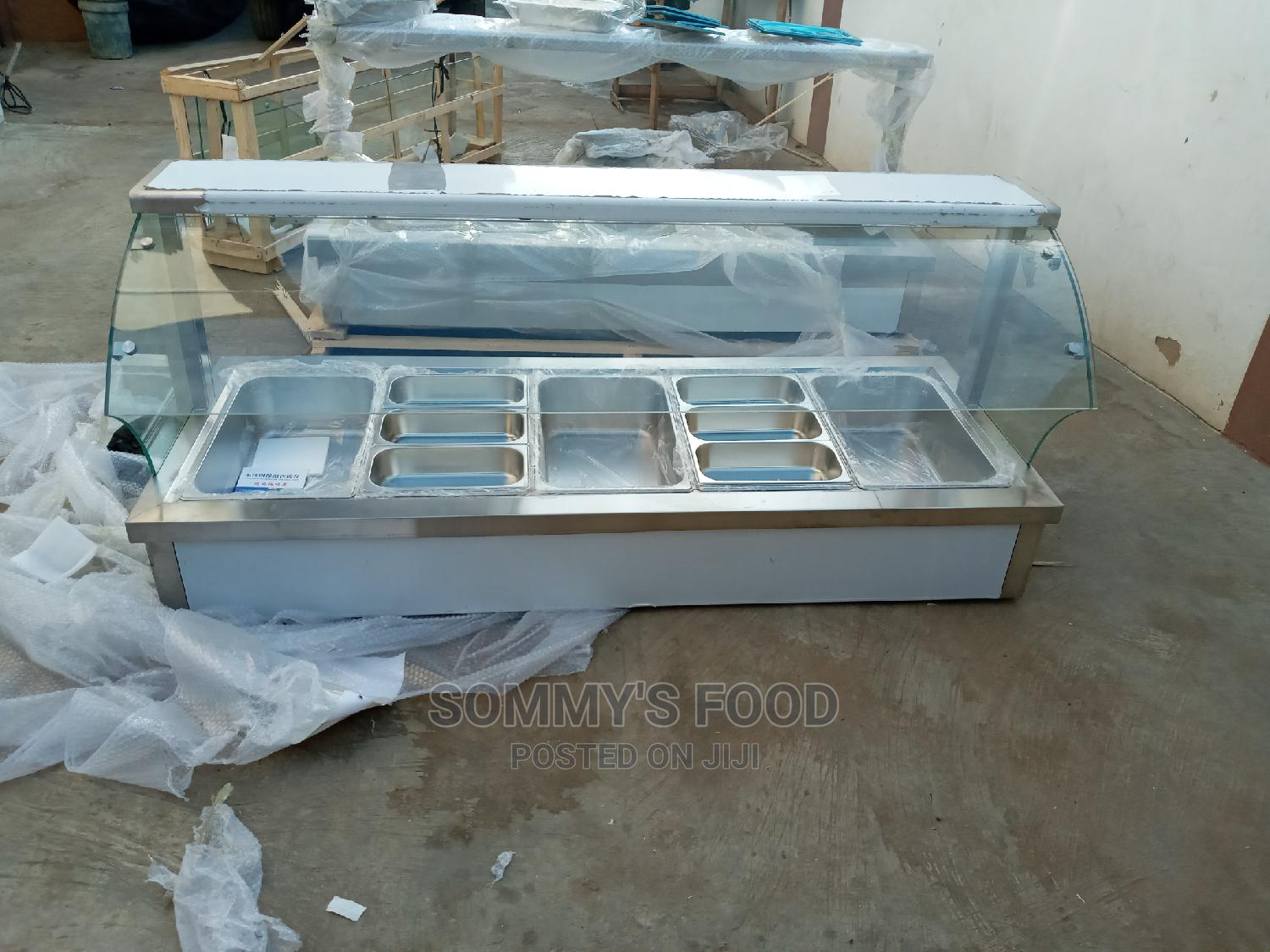Curved Glass Imported Bain Marie