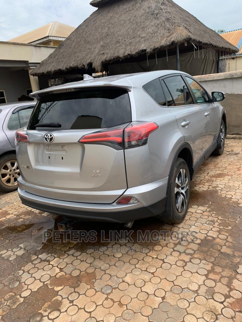 Toyota RAV4 2016 LE AWD (2.5L 4cyl 6A) Silver   Cars for sale in Oshimili South, Delta State, Nigeria