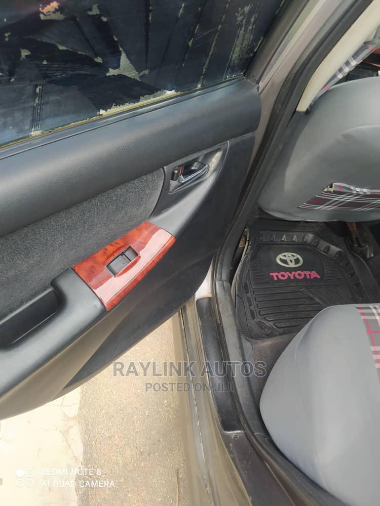 Archive: Toyota Corolla 2003 Gray