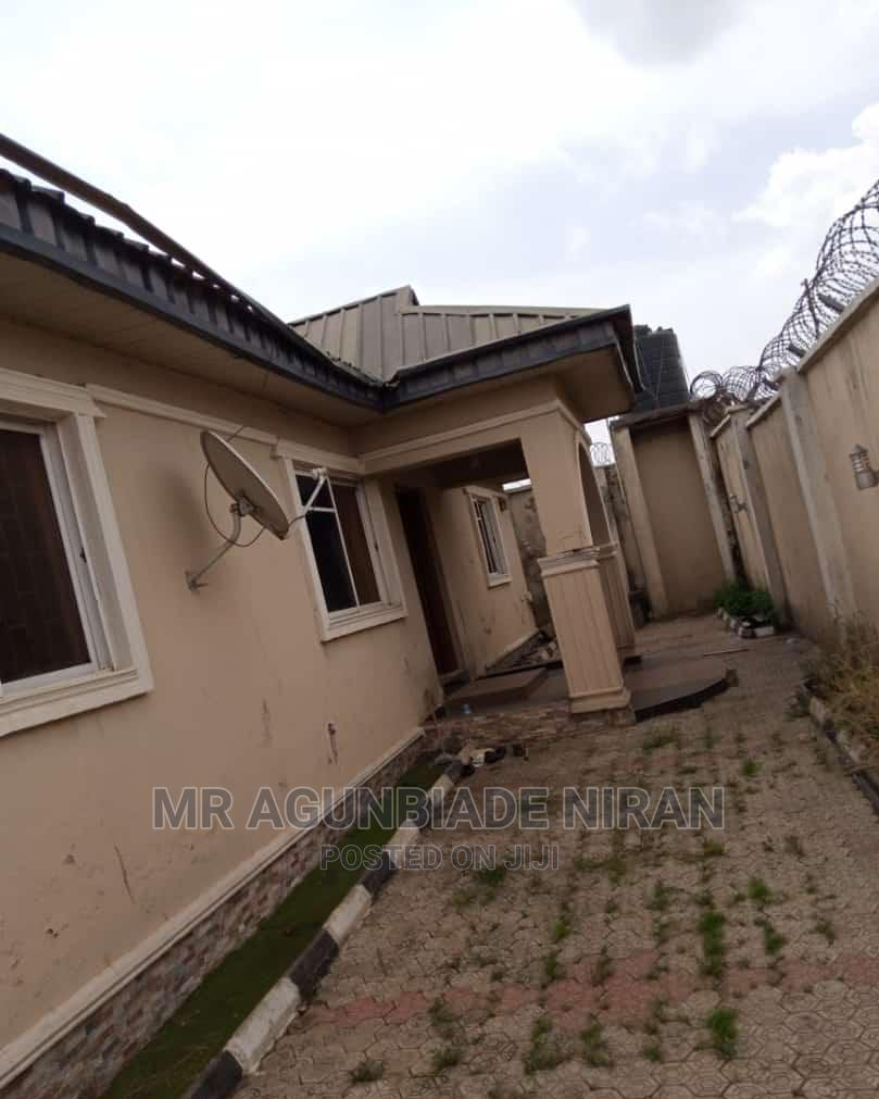 Furnished 3bdrm Bungalow in Elewuro Estate, Akobo for Rent | Houses & Apartments For Rent for sale in Akobo, Ibadan, Nigeria