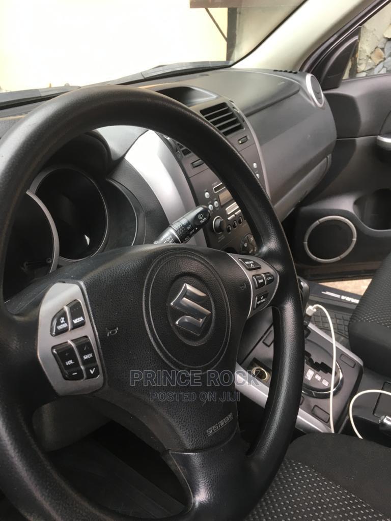 Archive: Suzuki Grand Vitara 2006 2.5 V6 Black
