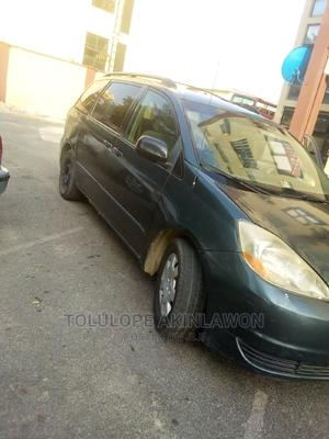 Toyota Sienna 2005 LE AWD Green   Cars for sale in Abuja (FCT) State, Central Business Dis