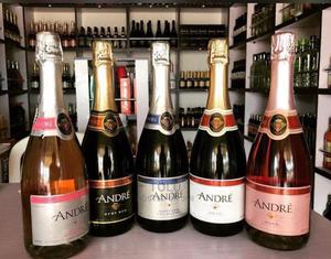 Andre Rose | Meals & Drinks for sale in Lagos State, Surulere