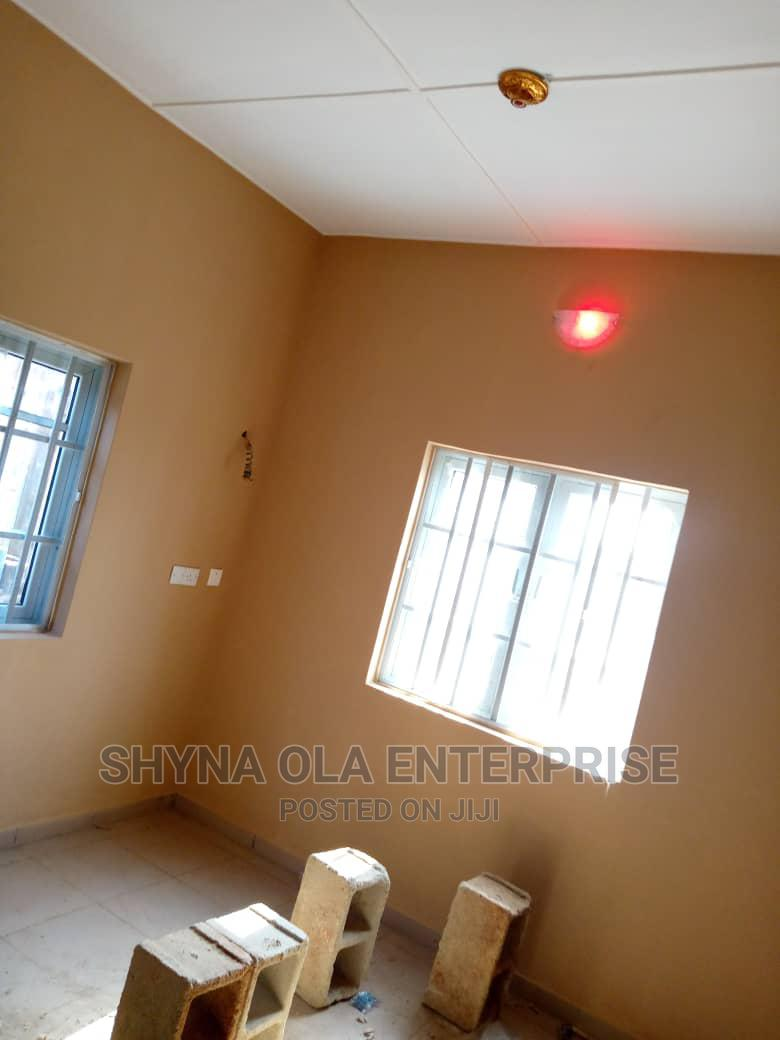 Furnished 2bdrm Apartment in Cele Estate, Ikorodu for Rent | Houses & Apartments For Rent for sale in Ikorodu, Lagos State, Nigeria
