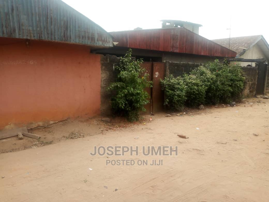 10bdrm Bungalow in Aba North for Sale