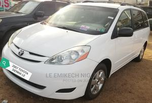 Toyota Sienna 2007 White | Cars for sale in Abuja (FCT) State, Nyanya