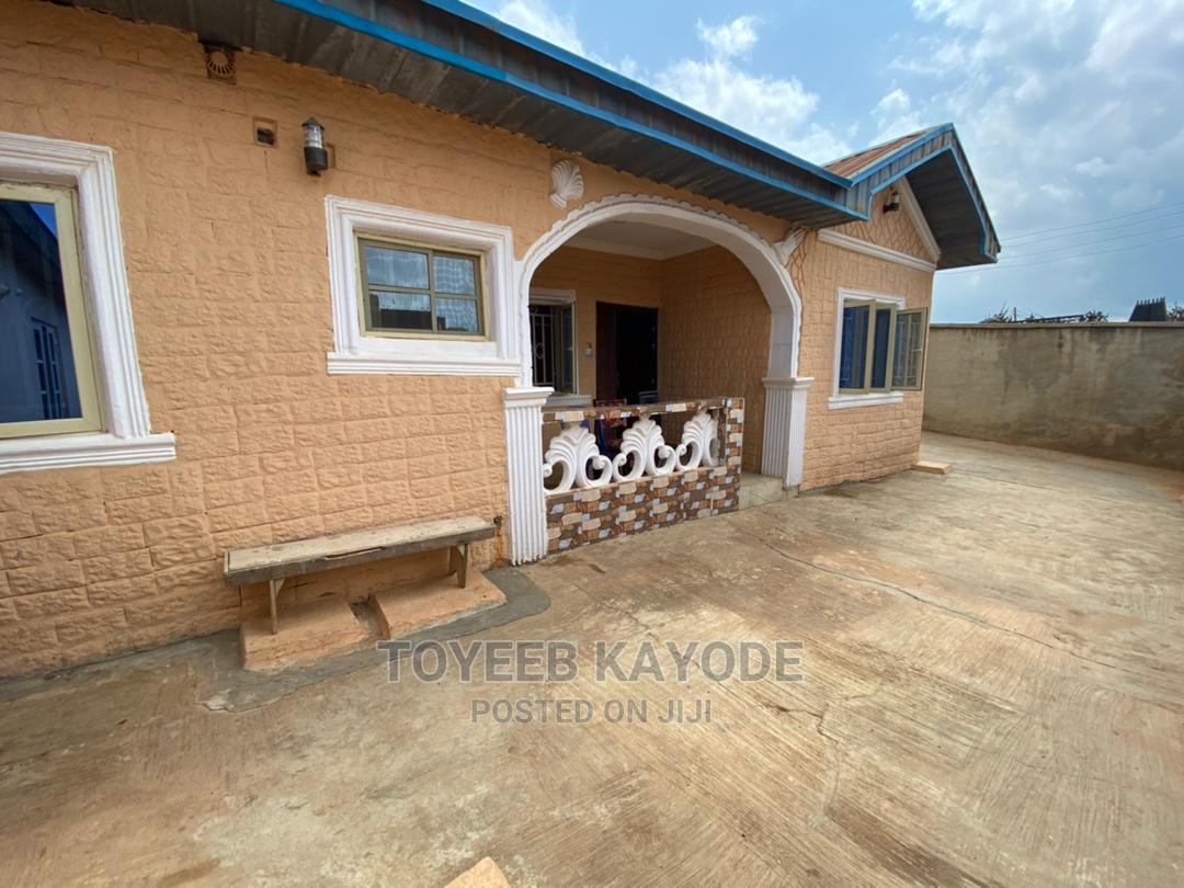 Archive: Furnished 4bdrm Bungalow in Ologuneru for Sale