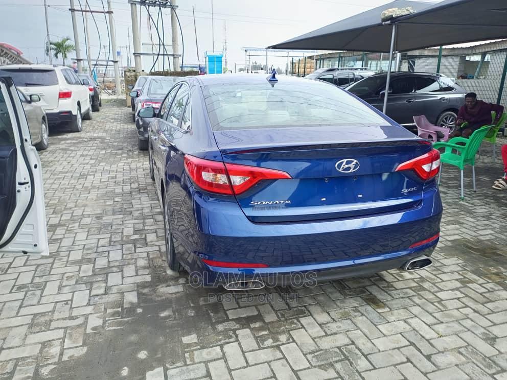 Hyundai Sonata 2016 Blue