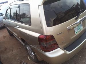 Toyota Highlander 2006 Gold | Cars for sale in Lagos State, Abule Egba