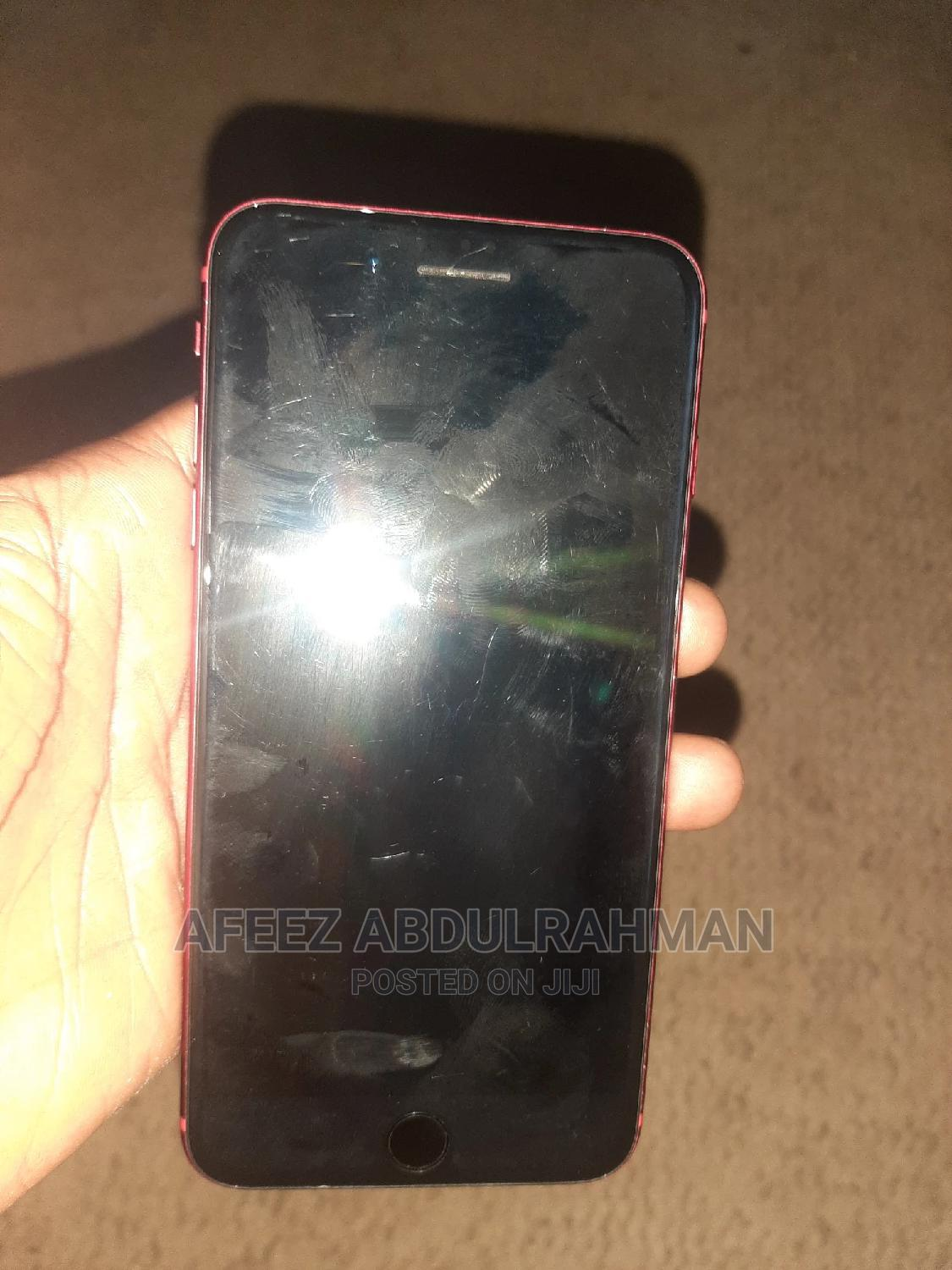 Archive: Apple iPhone 8 Plus 64 GB Red
