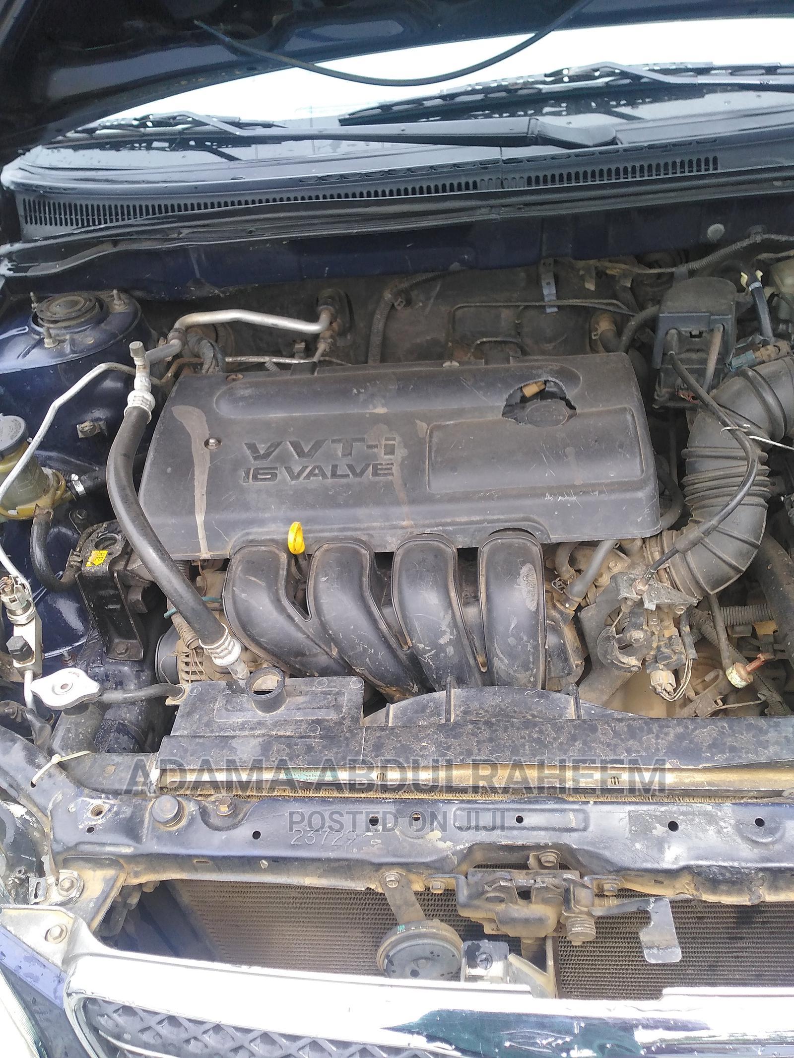 Archive: Toyota Corolla 2004 Blue