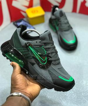 20% Off! Nike Airmax FLYWIRE Men's Sneakers | Shoes for sale in Lagos State, Surulere