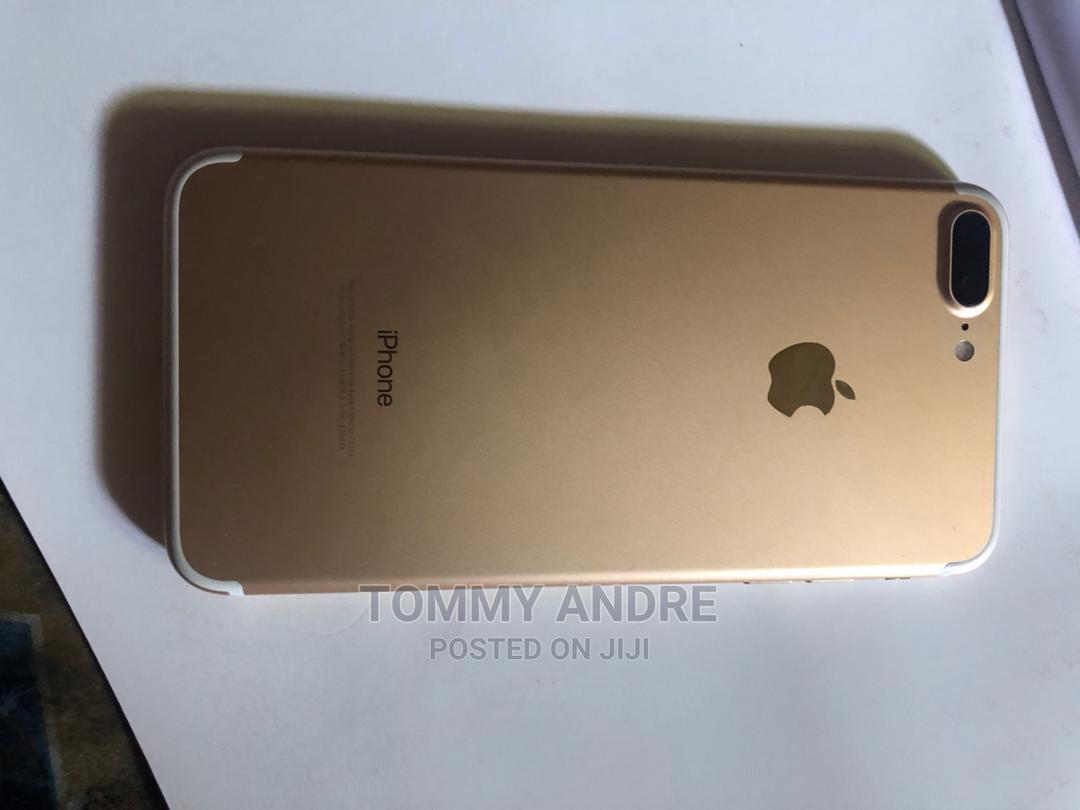 Archive: Apple iPhone 7 Plus 128 GB Gold
