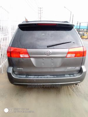 Toyota Sienna 2005 LE AWD Gray | Cars for sale in Lagos State, Isolo