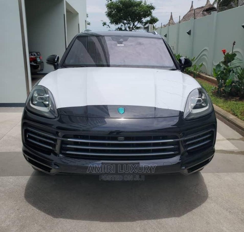 New Porsche Cayenne 2020 S AWD Black