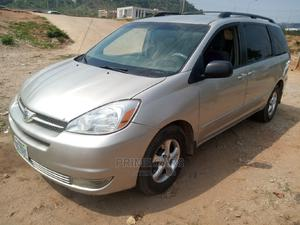 Toyota Sienna 2004 LE FWD (3.3L V6 5A) Silver | Cars for sale in Abuja (FCT) State, Katampe