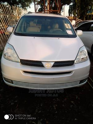 Toyota Sienna 2005 XLE White | Cars for sale in Lagos State, Isolo