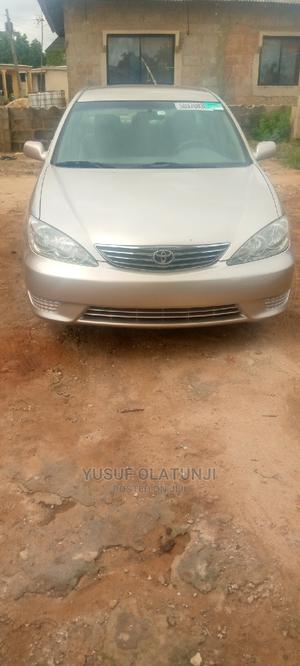 Toyota Camry 2005 Gold | Cars for sale in Lagos State, Ikorodu