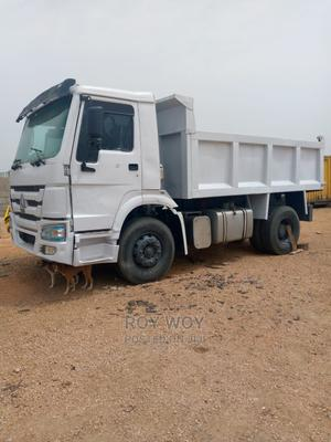 Clean Howo Tipping Truck With 6tyres | Trucks & Trailers for sale in Kaduna State, Kaduna / Kaduna State