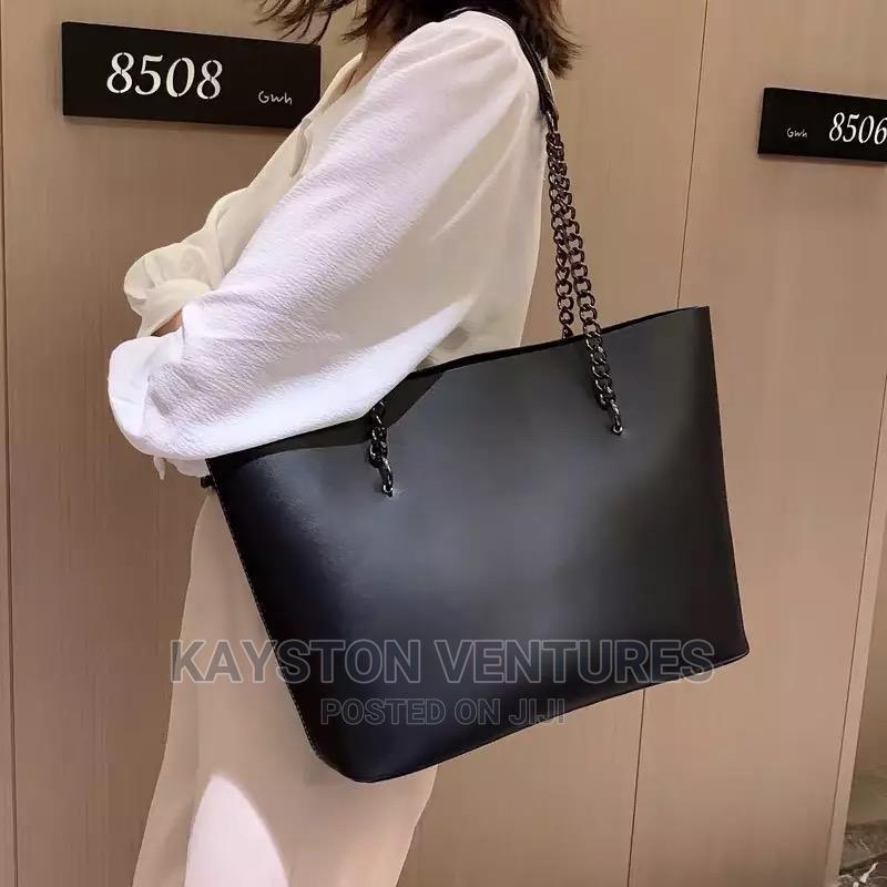 Archive: Quality Ladies Shoulder Bags